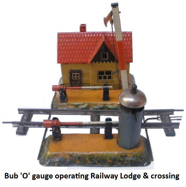 Bub '0' gauge operating Railway Lodge with crossing gates, bell and semaphore