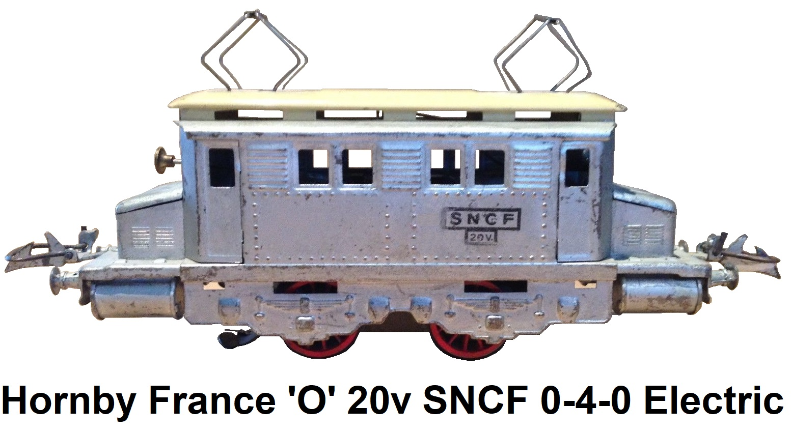 Hornby 'O' gauge French 20v Electric SNCF Silver 0-4-0 with overhead pantographs